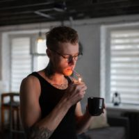 """""""Wake and Bake"""" – Pros & Cons of Smoking Weed in the Morning"""